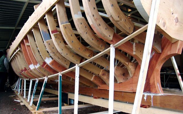 Ist Beim Neu Kaufen Einer Yacht Als Material Gfk Oder Stahl Die