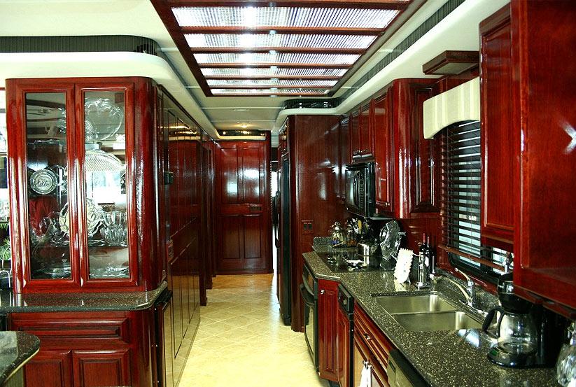 neues hausboot kaufen vom hersteller werft luxus katamaran hausboote usa amerika. Black Bedroom Furniture Sets. Home Design Ideas
