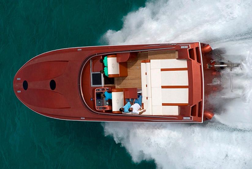 amerikanisches rennboot kaufen vom hersteller werft luxus rennboote usa amerika makler. Black Bedroom Furniture Sets. Home Design Ideas