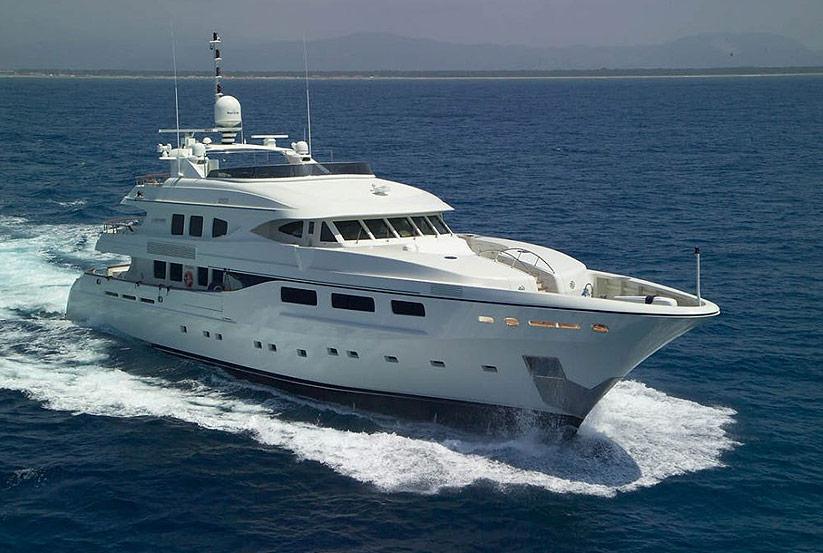Superyachten kaufen  Italienische Luxusyacht Maiora 43 kaufen vom Hersteller / Werft ...