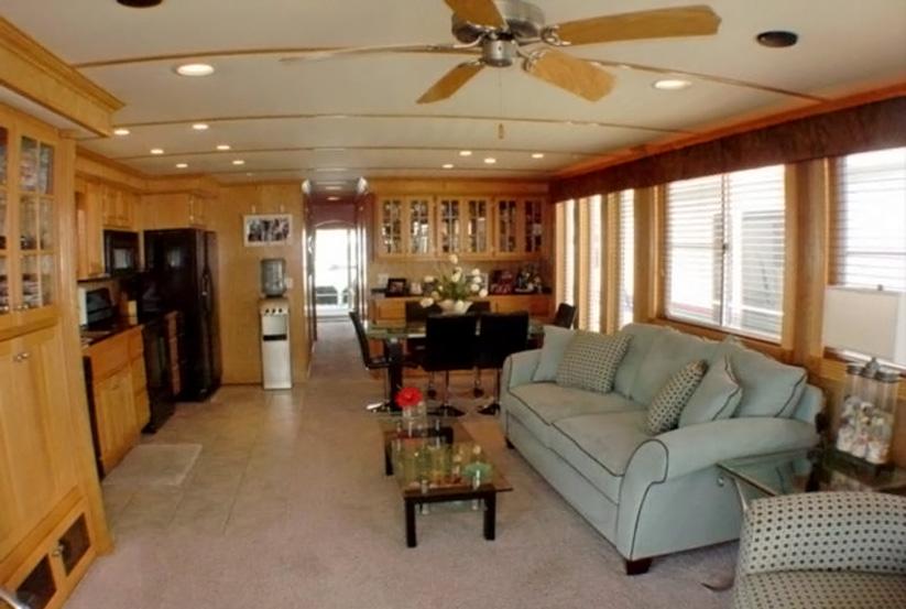 Gebrauchtes lakeview houseboat kaufen werft lakeview for Gebrauchte einrichtung