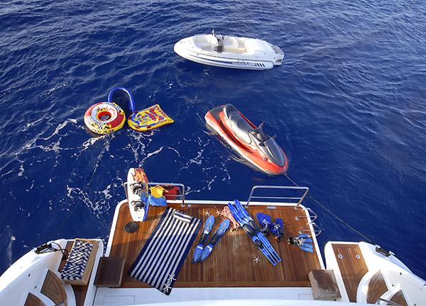 Yacht spielzeug für spass und abenteuer kaufen toys