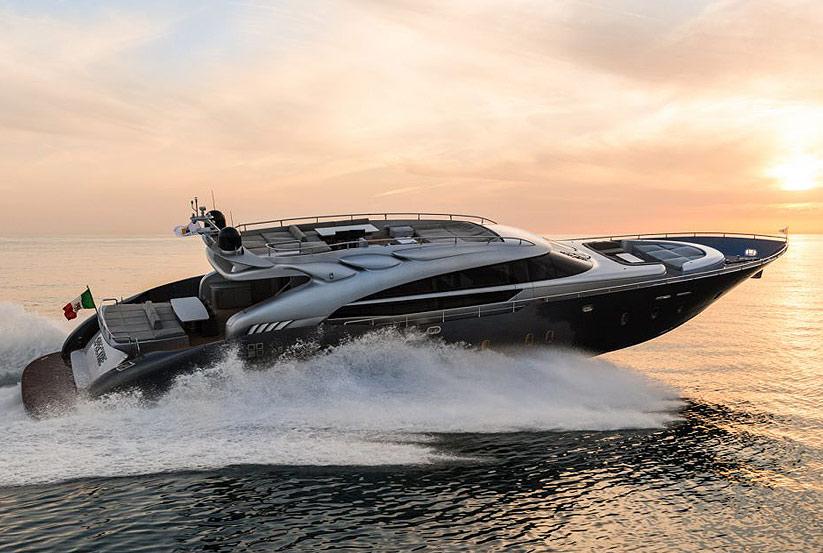 neue ab 100 luxusyacht kaufen vom hersteller yachtwerft ab yachts italienische motoryachten. Black Bedroom Furniture Sets. Home Design Ideas