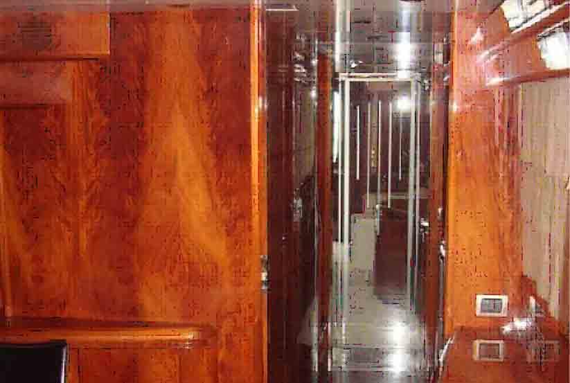 gebrauchte maiora 29 dp luxusyacht kaufen gebraucht luxusyachten verkaufen verkauf. Black Bedroom Furniture Sets. Home Design Ideas