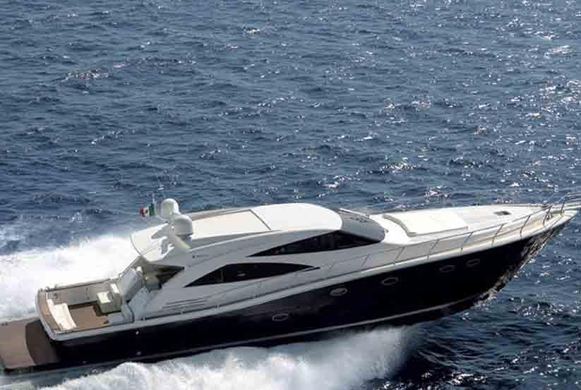 gebrauchte uniesse marine 75 ht luxusyacht kaufen gebraucht luxusyachten verkaufen verkauf. Black Bedroom Furniture Sets. Home Design Ideas